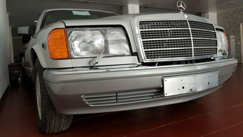 33 ročný Mercedes najazdil priemerne 1,4 km ročne! Teraz je na predaj!
