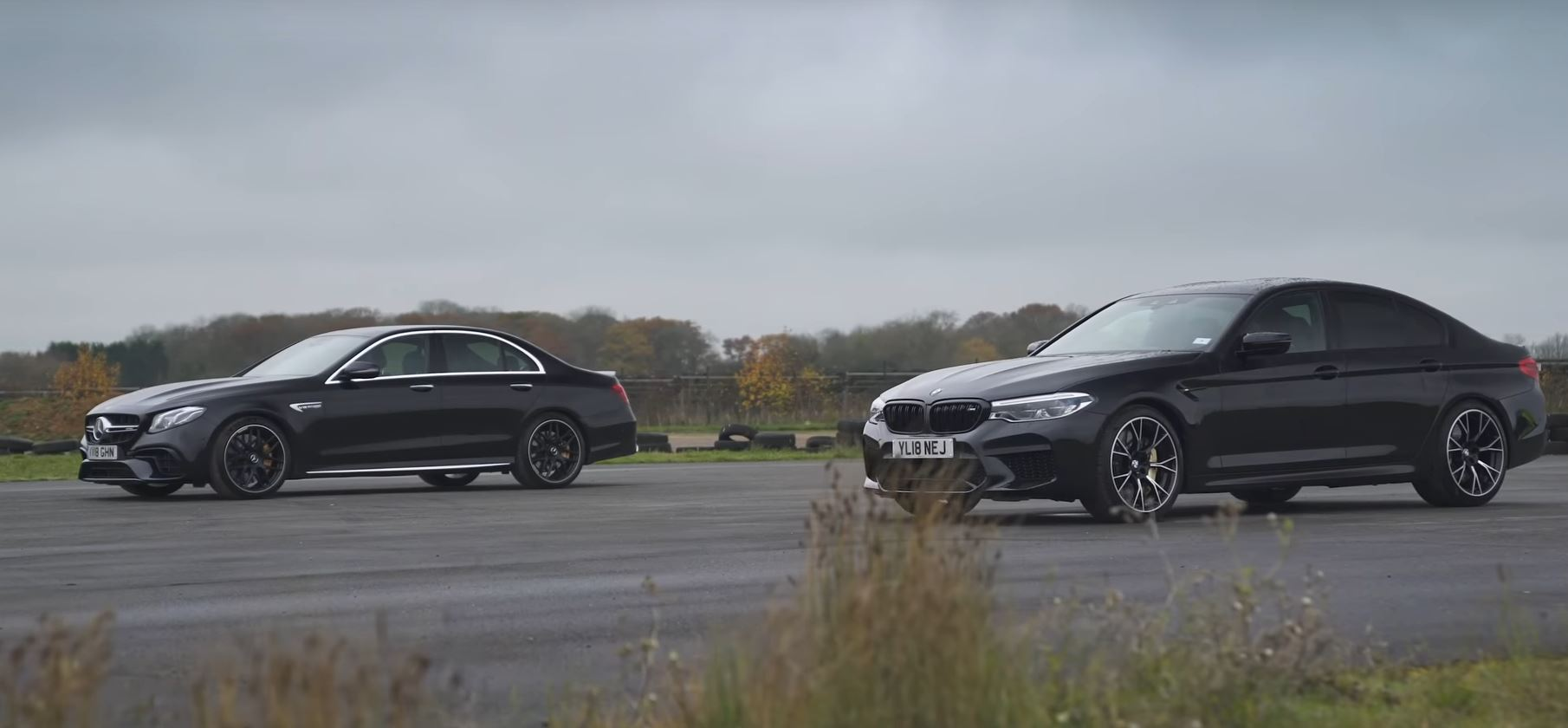 VIDEO: súboj najrýchlejších sedanov, BMW M5 vs. Mercedes AMG E63!