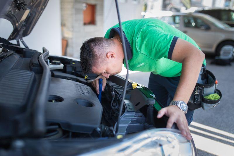 Preverené autá spoločnosťou Autoporadca sú zárukou nákupu jazdeného auta bez rizika