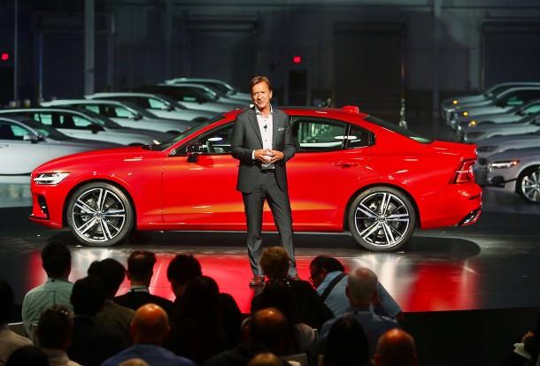 Volvo začína montovať do všetkých áut obmedzovače rýchlosti!