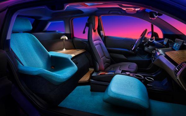 Toto BMW je jednoznačne najluxusnejším elektromobilom! Ako v obývačke!