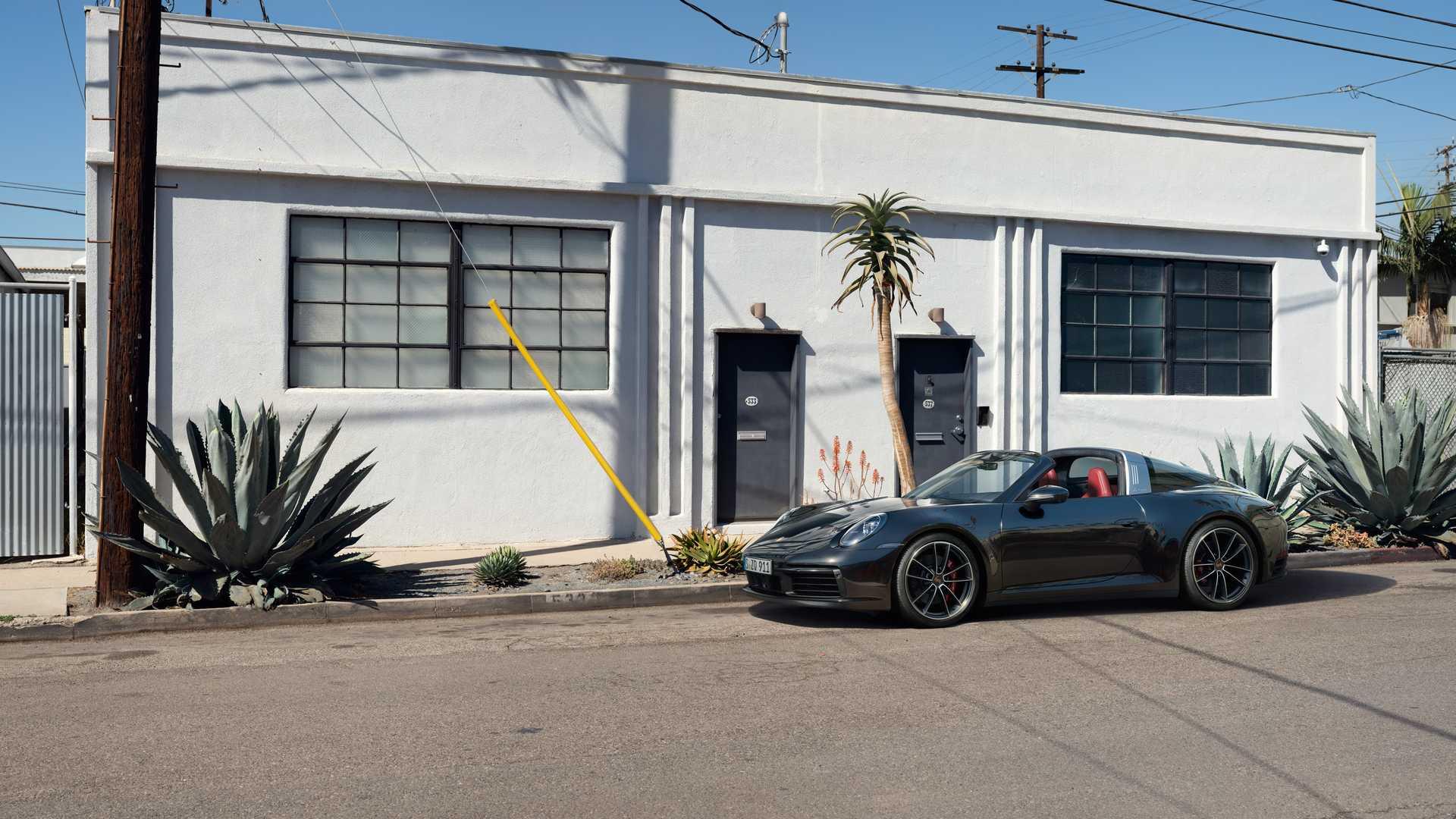 Porsche 911 Targa kombinuje otvorenú strechu s praktickosťou kupé