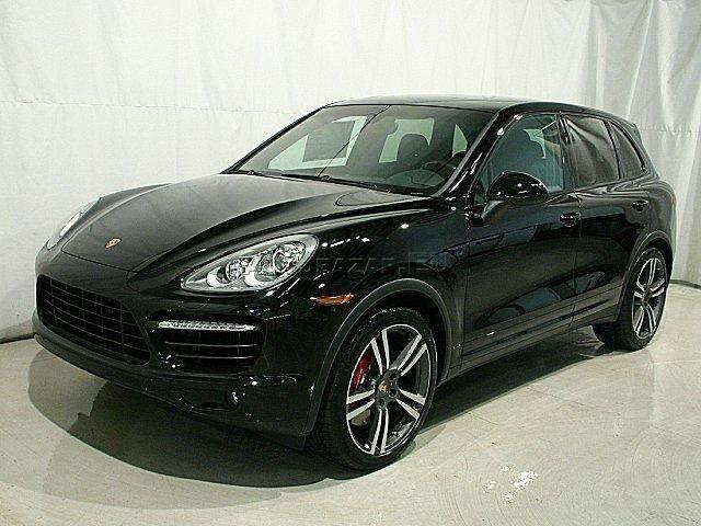porsche cayenne turbo s2 zimn pneu za 250 00 autobaz r eu. Black Bedroom Furniture Sets. Home Design Ideas