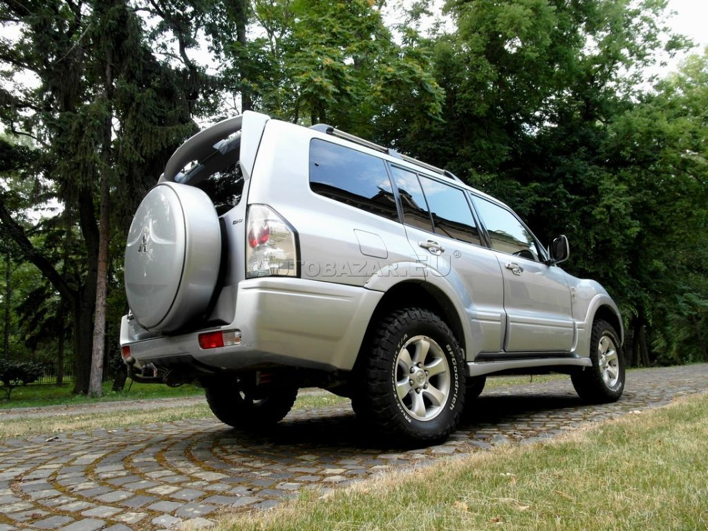 mitsubishi pajero wagon 3 2 di d dakar plus a t za. Black Bedroom Furniture Sets. Home Design Ideas