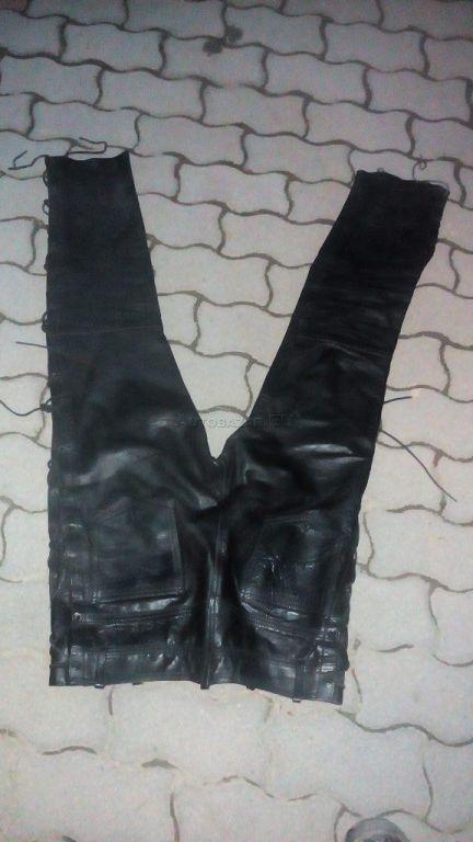 d909e4961ef4 Čierne kožené moto nohavice za 49