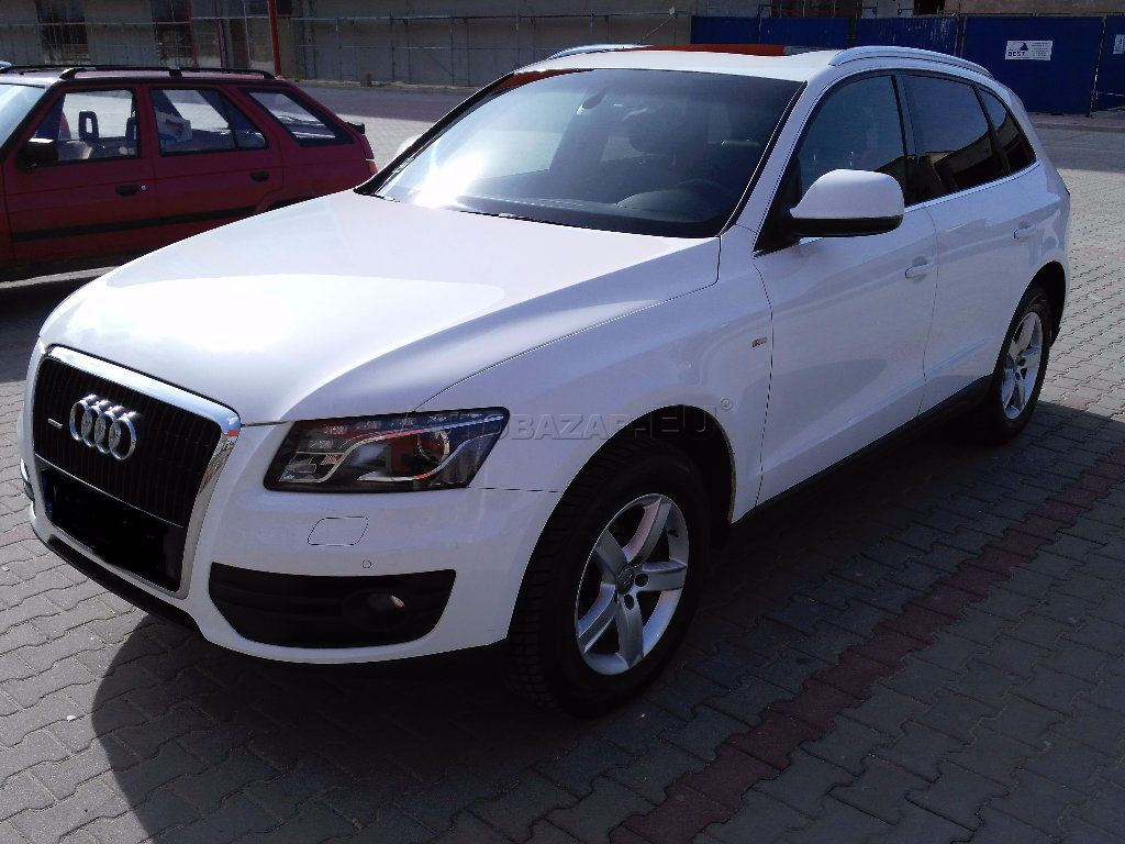 audi q5 3 0 tdi dpf quattro s tronic autobaz r eu. Black Bedroom Furniture Sets. Home Design Ideas