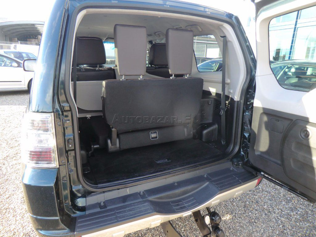 mitsubishi pajero 3 2di d lwb invite t4 za autobaz r eu. Black Bedroom Furniture Sets. Home Design Ideas
