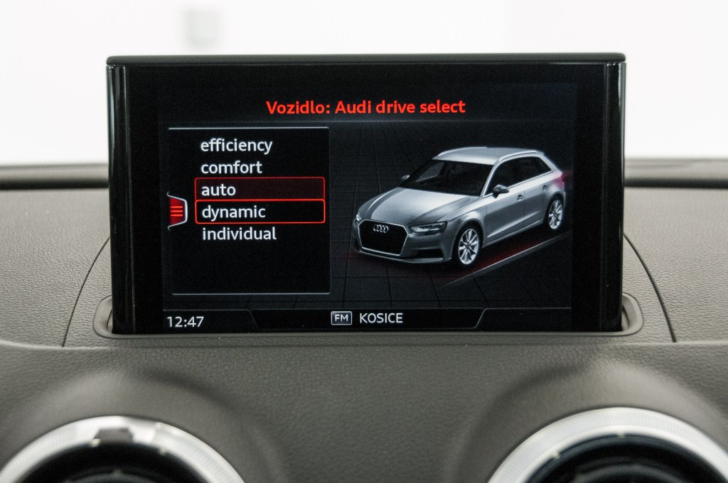 Audi A3 Sportback 1.5 TFSI ACT Sport S-tronic a 26.650 bcd207295b3