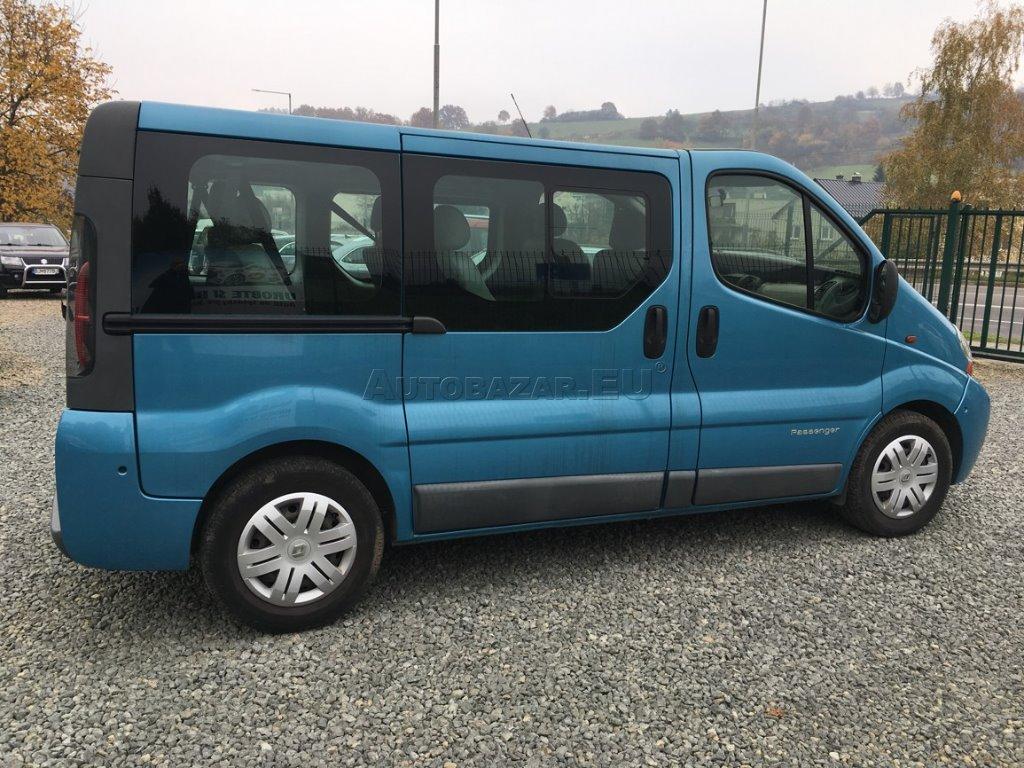 renault trafic bus minibus 2 5 dci za. Black Bedroom Furniture Sets. Home Design Ideas