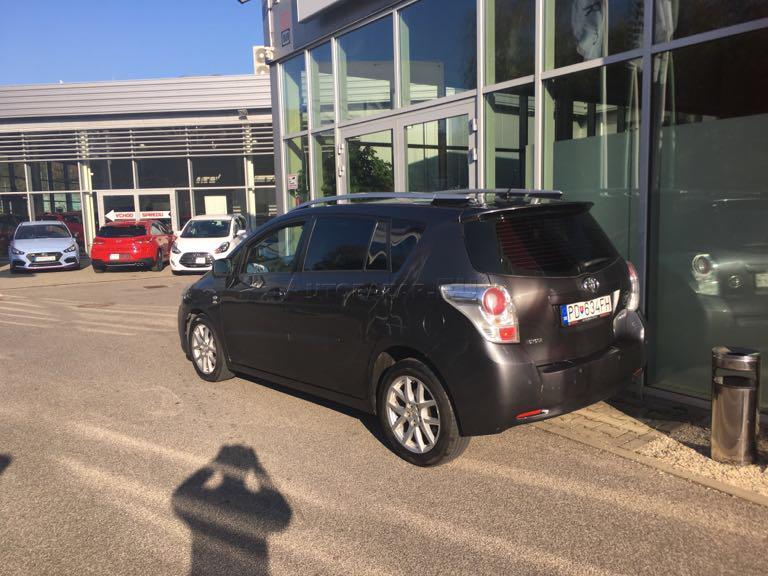 a2d18a78eb Toyota Verso 2.2 I D-CAT 150 Premium za 7.800