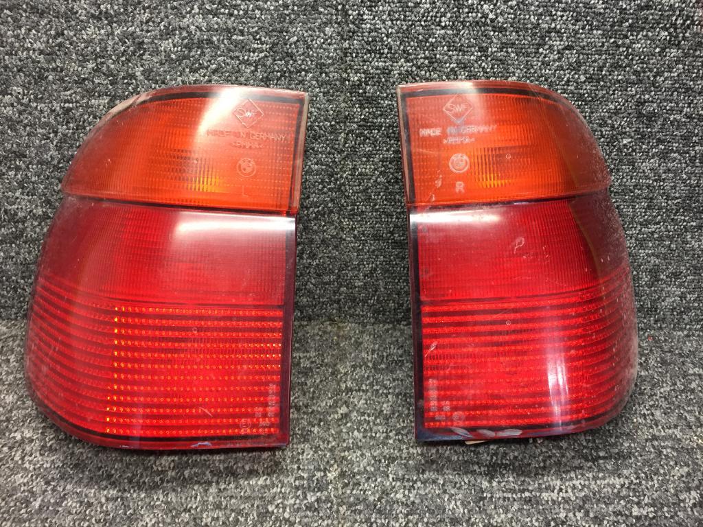 Bmw E39 Touring Zadne Svetla Z Karoserie A 15 00 Autobazar Eu