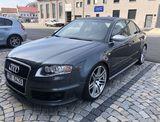 Audi RS4 4.2 FSI