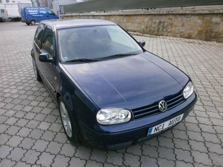 Volkswagen Golf 2.3 V5 Highline