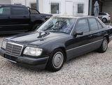 Mercedes 124 2.3