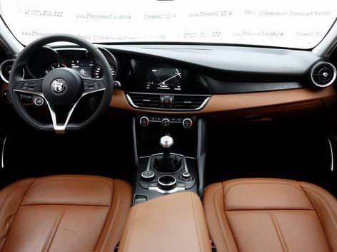 Alfa Romeo Giulia 2.2 JTD Veloce