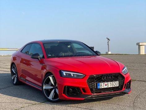 Audi RS5 Quattro coupe